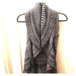 Cute houndstooth shawl/vest